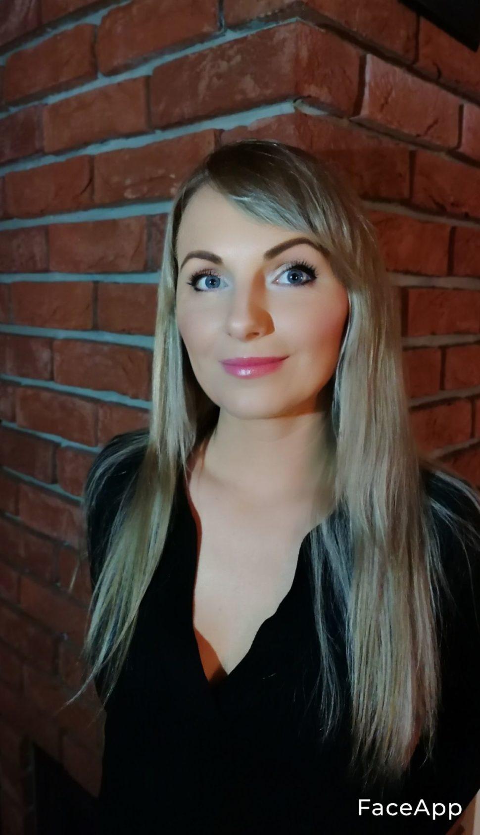Eva Trsova Foxsys